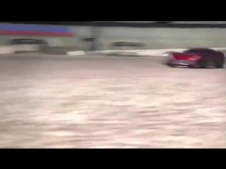 Traxxas XO-1 - The Worlds Fastest Ready-To-Race Supercar 100+mph Top Speed!
