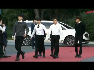 170920 EXO XIUMIN @  1st Soribada Best K-Music Awards red carpet