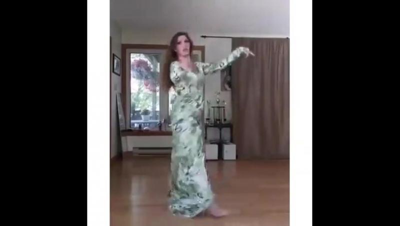 Танец — это вертикальное выражение горизонтального желания. Движение никогда не лжёт.