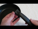 Литая толстостенная сковорода Kukmara диаметром 260 мм с антипригарным покрытием и съемной ручкой