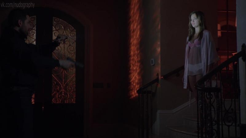 Лили Симмонс (Lili Simmons) в белье в сериале