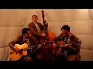 Besame Mucho - Jonny Hepbir Trio - UK International Gypsy Jazz Band Hire