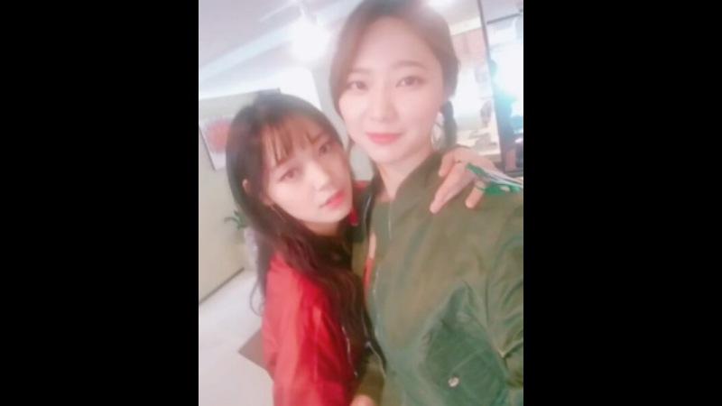Instagram post by 오마주 (O My Jewel) • Oct 15, 2017 at 1:33pm UTC