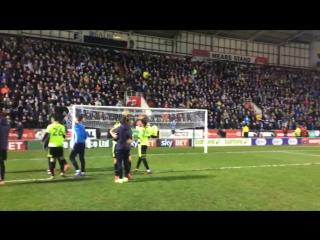Празднования «Хаддерсфилда» по окончанию дерби с «Ротерхэм Юнайтед».