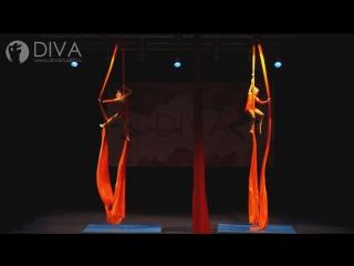 Детская воздушная гимнастика на полотнах - ученицы студии Алина и Мария, хореограф Татьяна Щенникова