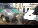 В Екатеринбурге приставы арестовали маршрутку на конечной остановке 17.02.2017