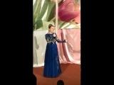 Поёт Ирина Музалёва. Через садик, через вишенье.
