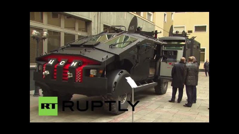 Russland: Die hinterlassen Eindruck - Putin begutachtet neue gepanzerte Fahrzeuge des FSB