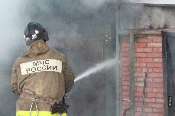 В Ковдоре пожарные тушили дрова