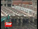 Упавший жилой дом в Китае