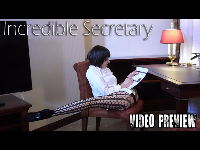 Incredible Secretary / Contortion with Flexilady Malina