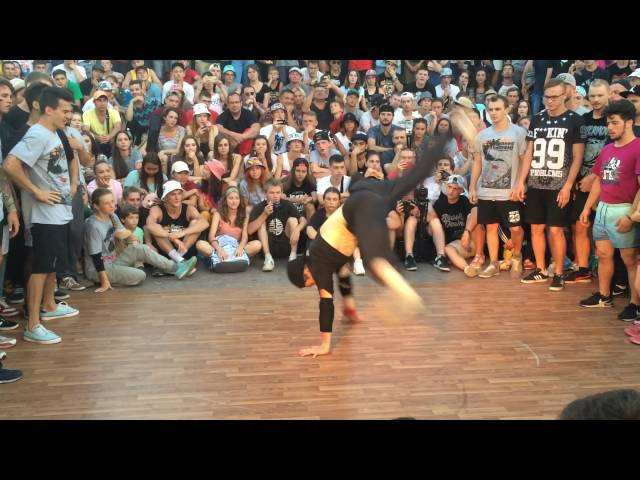 Airmove circle on Yalta Summer Jam 2016