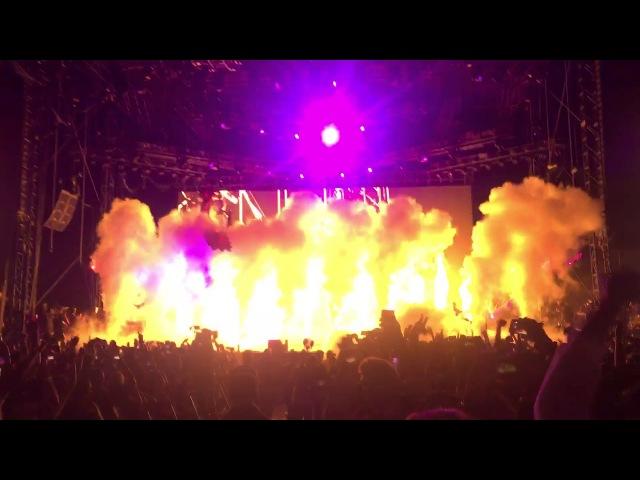 Выступление Travi$ Scott на фестивале «Day N Night» с композицией «Butterfly Effect»