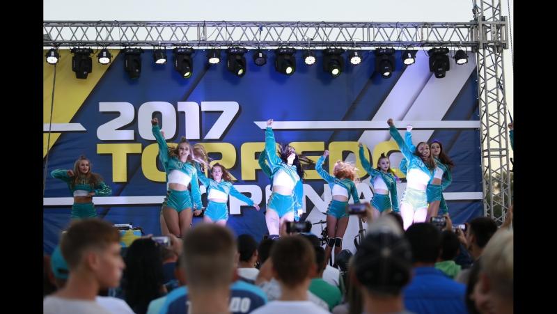 Презентация команды Торпедо Танец группы поддержки