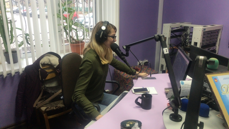 Прямой эфир на радио Барановичи ФМ Утро Форсмажоров Музи Шмузи