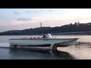 Скоростной катер Стрела Волга на подводных крыльях