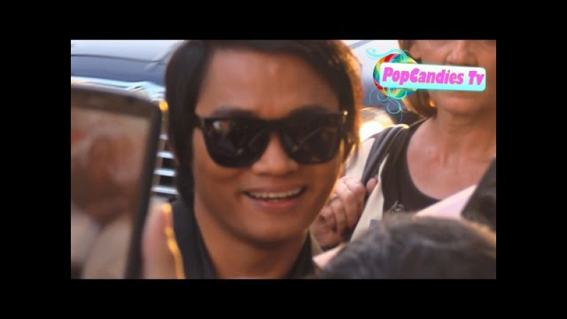 Tony Jaa takes selfies while greeting fans at Furious 7 Premiere in Hollywood