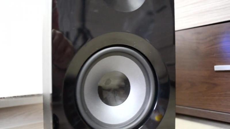 Defender Mercury 35 speaker audio excursion bass test