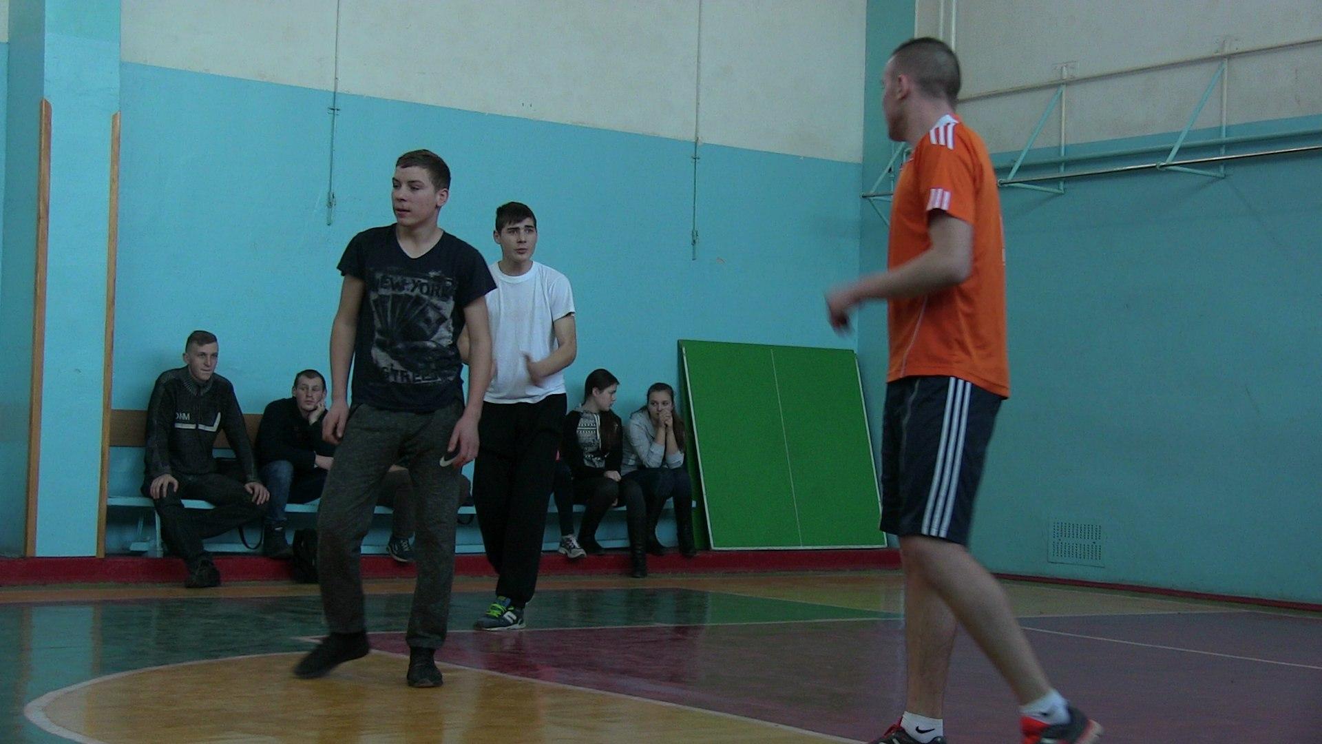 Першість коледжу з волейболу