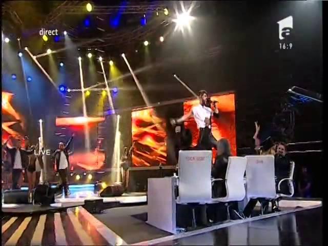 Robbie Williams - Let Me Entertain You. Interpretarea lui Alex Florea, la X Factor!