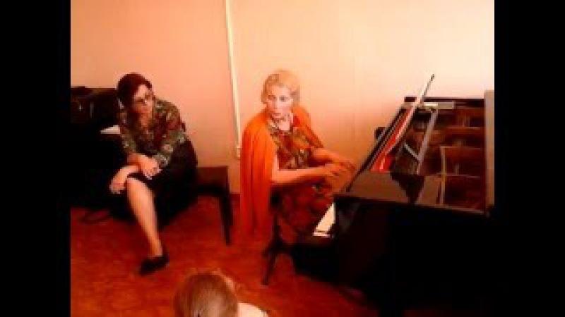 Мастер- класс композитора и пианистки Татьяны Смирновой в музыкальной школе Пицунды май 2016г.