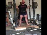 Деннис Корнелиус - присед 347,5 кг на 3 повтора