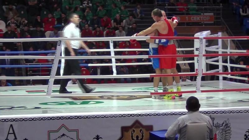 ЧР Грозный 81кг Силягин-Агеев нокдауны в первом раунде