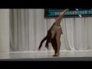 Гимнастический танец на сцене под красивую версию песни Грибы - Тает Лёд