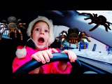 Bad Kids Driving Parents Car Giant Spiders Attack Girl Плохие Дети За Рулем Гигантские пауки атакуют