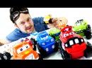 Видео для детей Гараж Алекса и маленькие МАШИНКИ! Строим Гоночный трек. Гонки на машинах.
