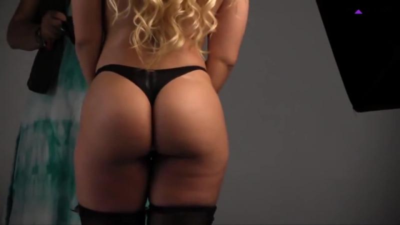Mulher Melão faz ensaio sensual inspirado em Cinquenta tons de cinza | Brazilian Girls vk.com/braziliangirls