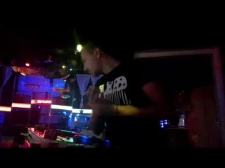 DMC Mikki and the mix live 🎶🎵🎶🎵😎 ставим лайки ❤