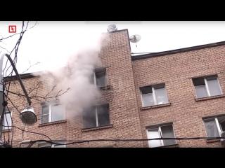 На улице Молостовых горит многоэтажка  Прямая трансляция