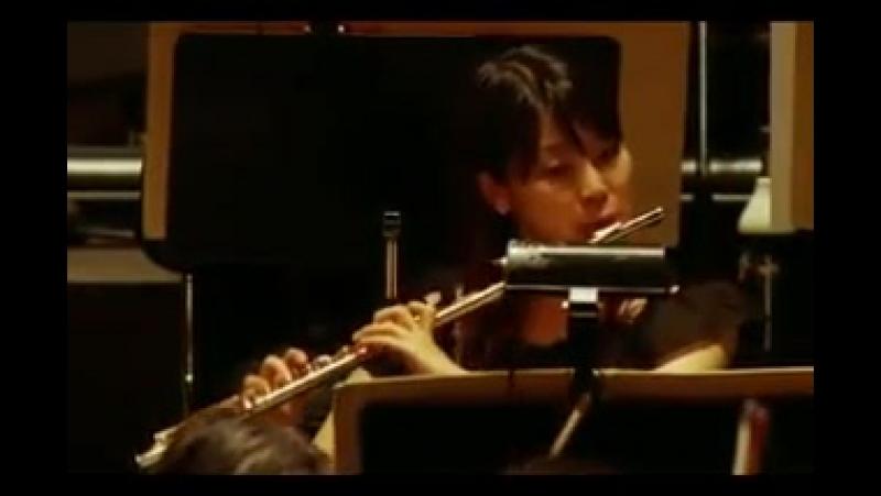 38. Merry Go Round Life (Howls Moving Castle Theme) - Joe Hisaishi