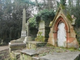 Highgate Cemetery 1839 (West) Dark Sanctuary Magnificent Seven (2)