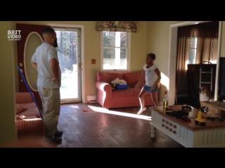 Танцевальный батл между отцом и дочерью