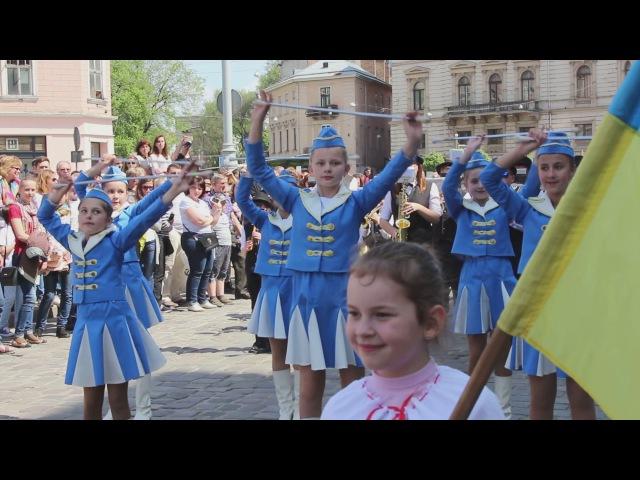 Cвяткова театралізована хода центром Львова в рамках святкування 761-ї річниці Д ...