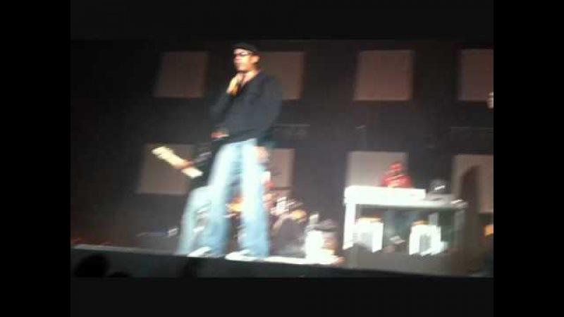 Xavier Naidoo tanzt (Tonstudio Praktikantin Videoblog Teil 2)