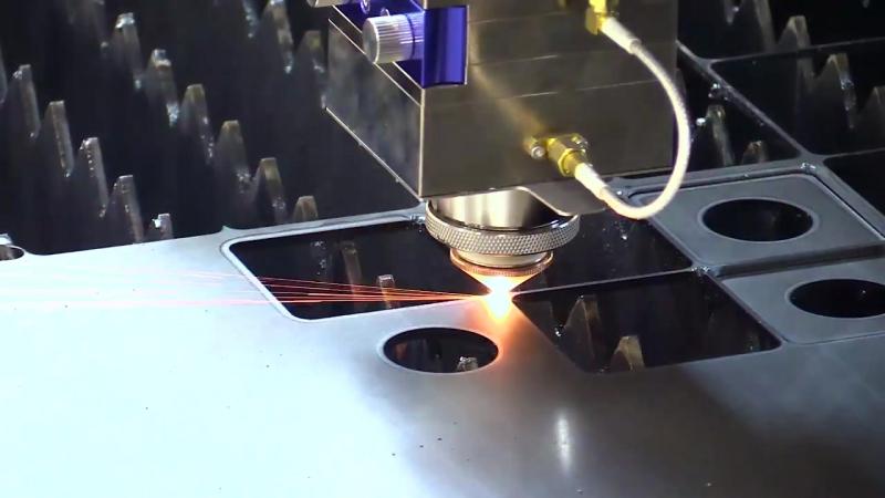 Станок лазерной резки листа и труб. Волоконный лазер IPG Photonics