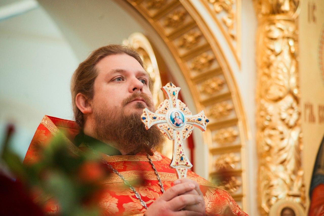 Пасхальное поздравление настоятеля храма протоиерея Алексея Чубакова