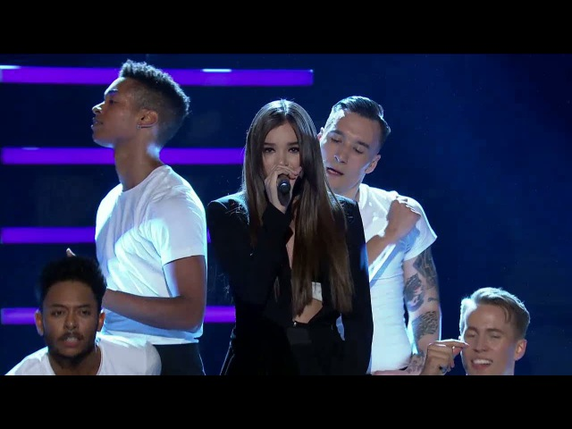 Швеция Hailee Steinfeld - Love Myself/Starving (Live) - Idol Sverige (TV4)