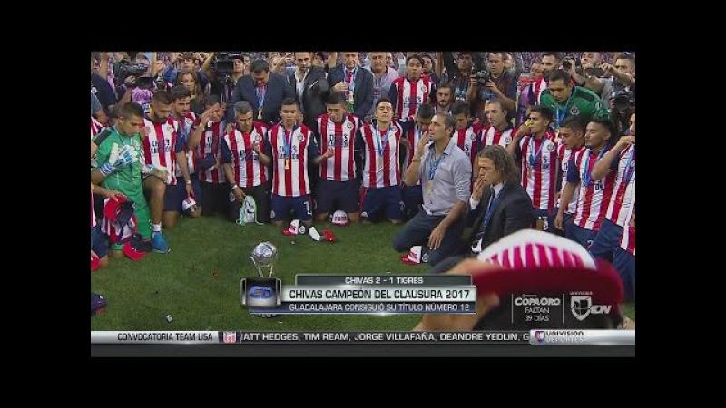 Chivas reza y da gracias a Dios por el título de la Liga MX y se desata el festejo