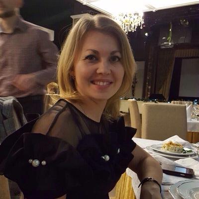 Елена Синякова