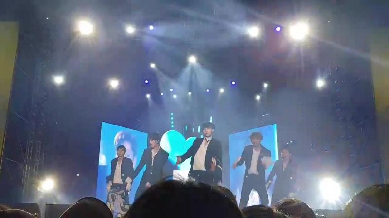 04.11.17 [SKA Super swag festival] 페스티벌 오늘부터 cr. dongdongmomelmo