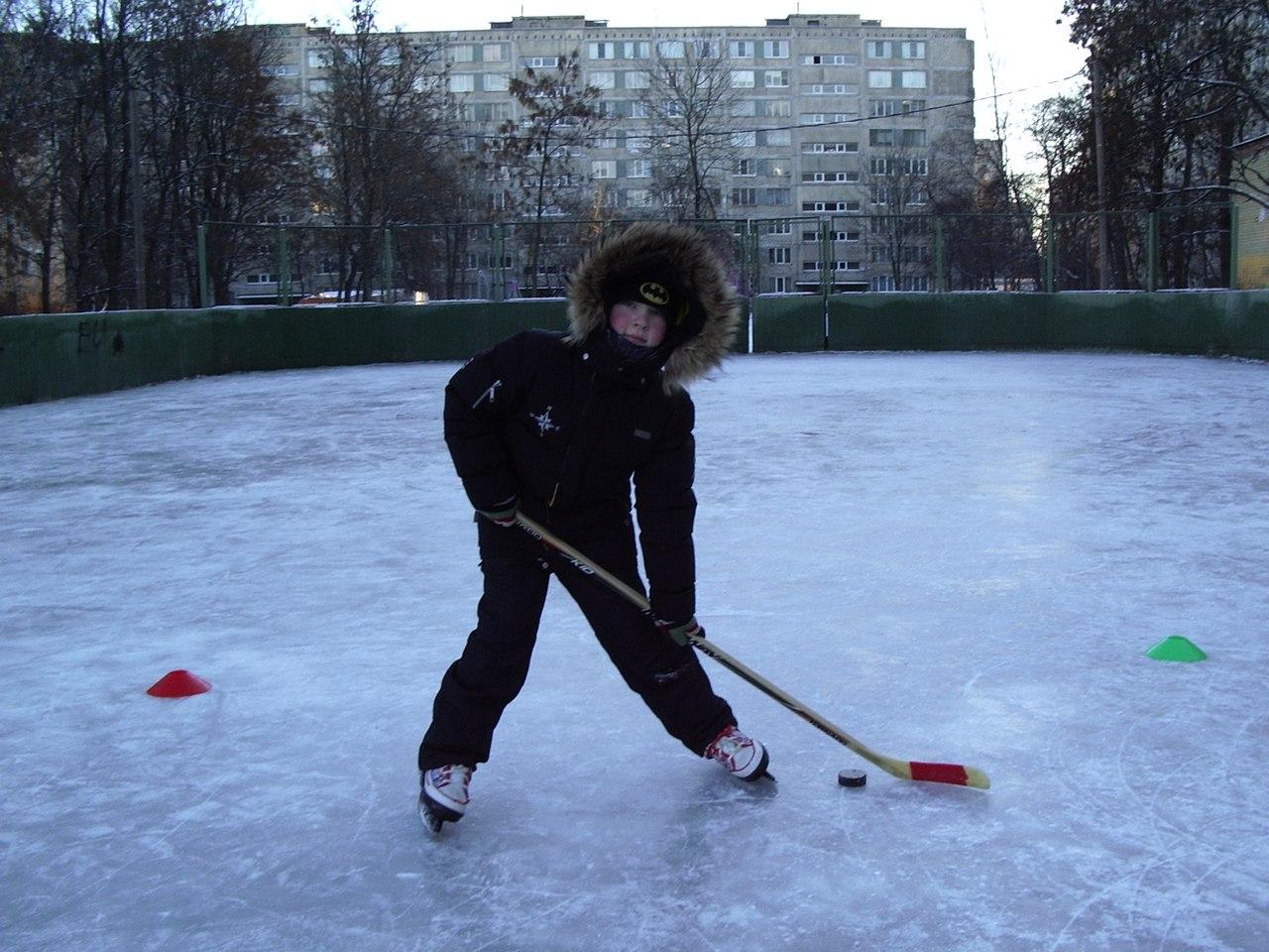 Индивидуальное занятие для детей по хоккею с шайбой