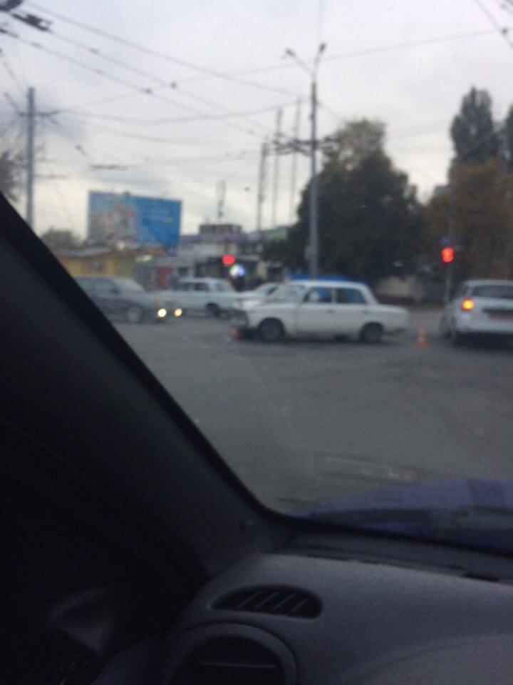 На Салтовке случилось уже второе ДТП за день