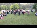 «Кейли» — простые танцы, исполняемые на народных вечеринках, могут быть так же парными.