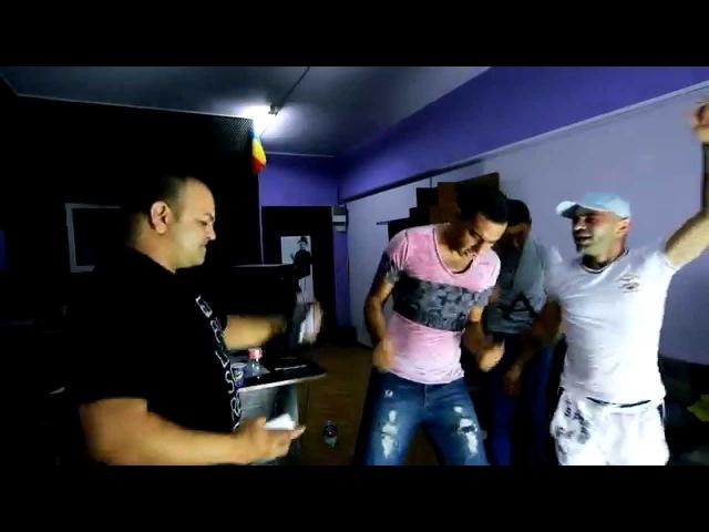 Nebunii de la YaYa danseaza pe noul H I T ce iese din studiou