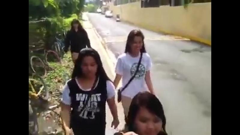 Deaf girl pretty young part 7 seven - Filipino sign language Philippine classmates enjoy