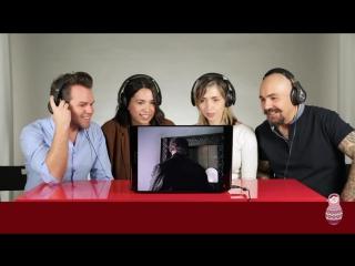 Итальянцы смотрят Формула любви «Уно моменто» :)